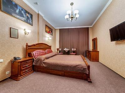 Номер стандарт с большой кроватью Отель Венеция, номер 12