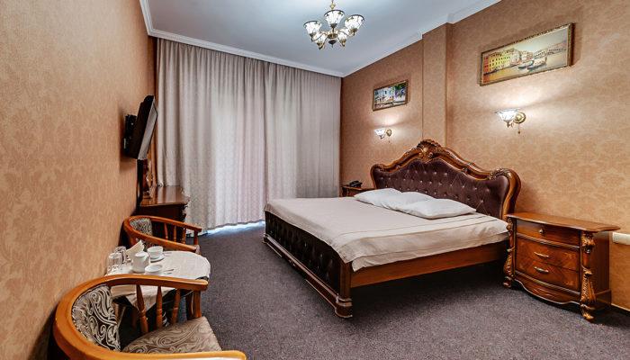 Номер стандарт с большой кроватью Отель Венеция, номер 2
