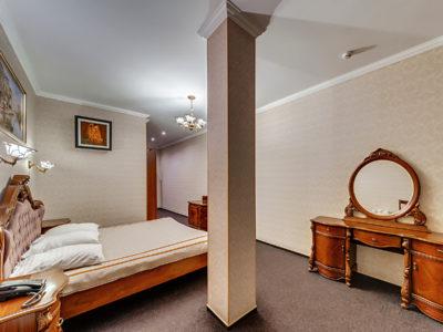 Люкс с большой кроватью Отель Венеция, номер 8